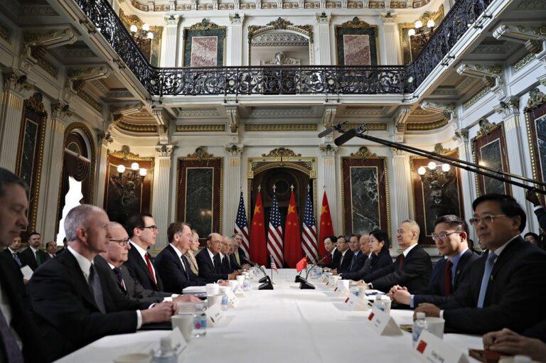 ΗΠΑ -Κίνα- Ε.Ε: Ημέρα αποφάσεων για δασμούς και εμπορικό πόλεμο