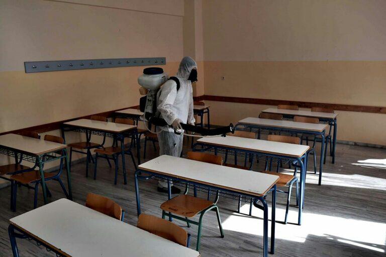Β. Κικίλιας: Άνοιγμα σχολείων με βάση τα επιδημιολογικά δεδομένα
